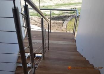 Металлические лестницы на улице