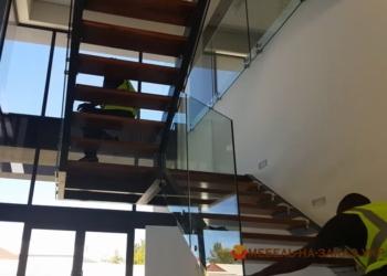 Металлические лестницы в частном доме фото