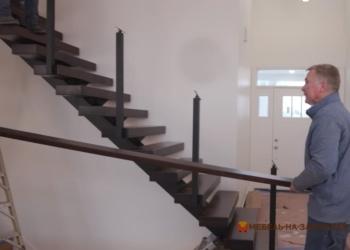 как устанавливается металлическая лестница