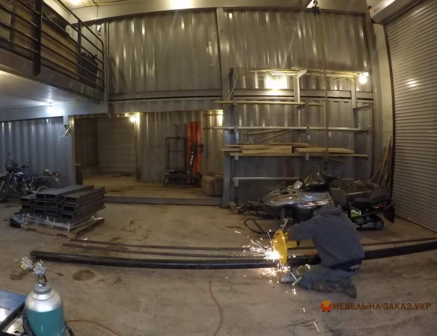 Производитель металлических лестниц
