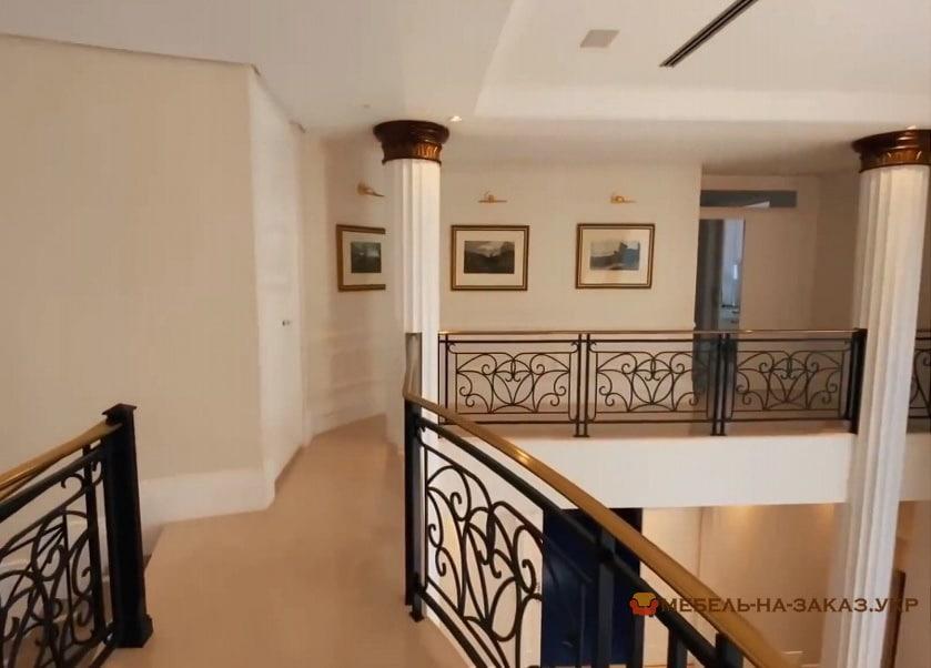 Красивые кованые перила для лестниц