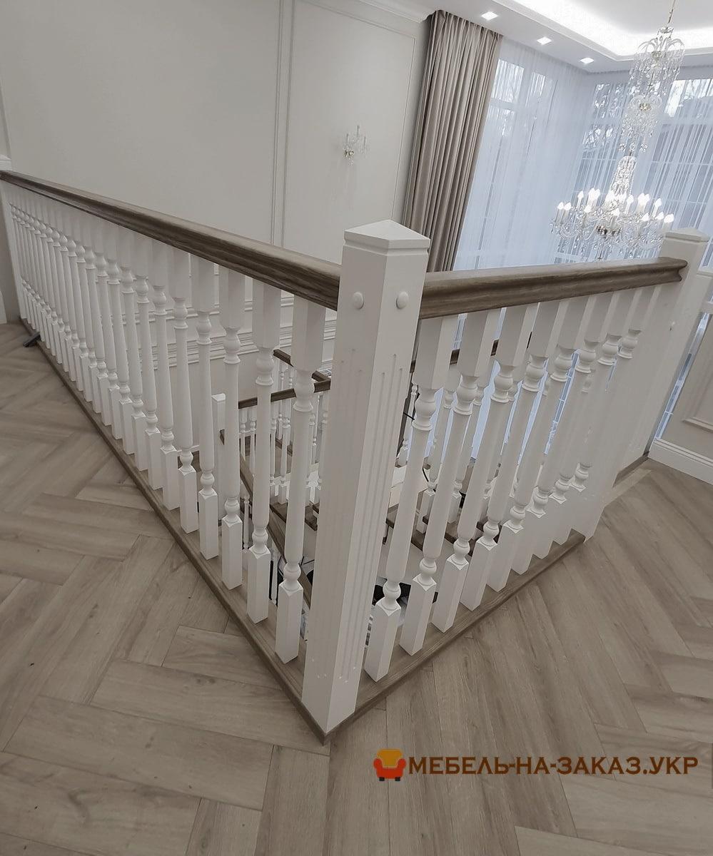 лестница в дом из дерева на заказ Буча недорого