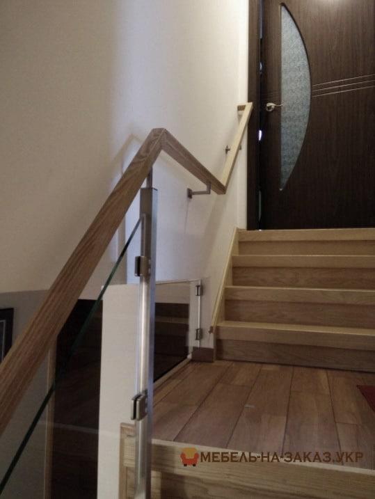 отделка бетонной лестницы в БУче на заказ