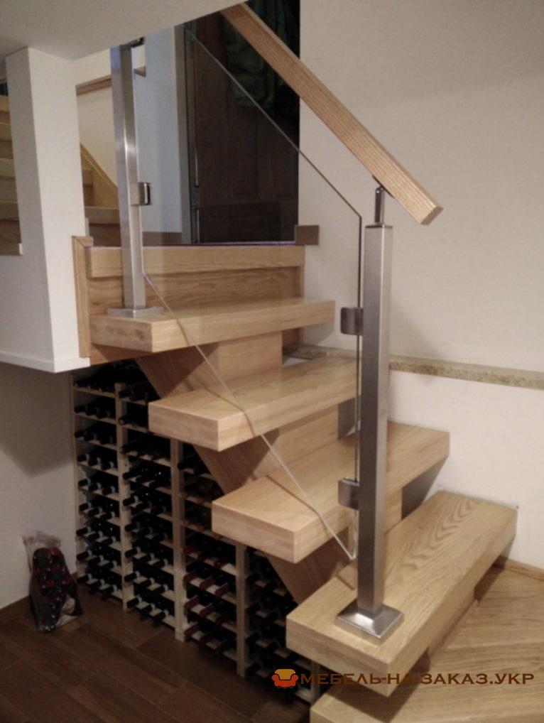 лестница со стеклянными перилами Буча под заказ