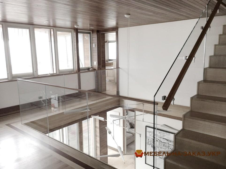 Лестница на дачу в БУче