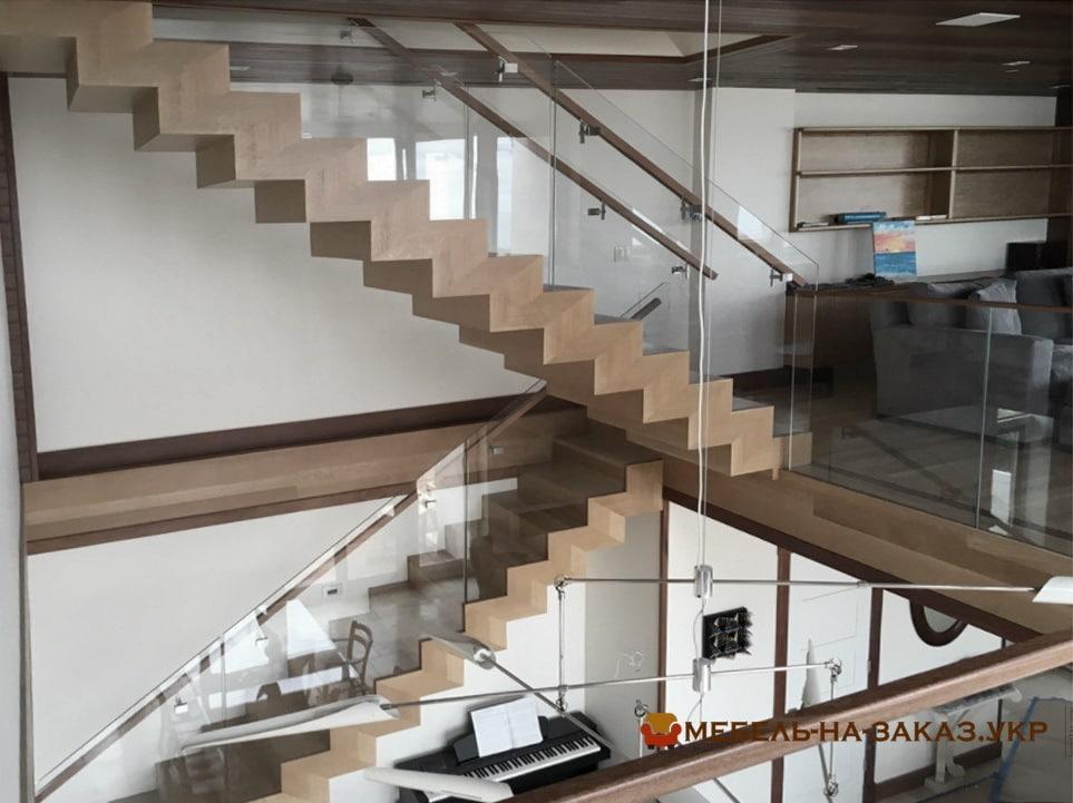 Виробництво сходів в Бучі
