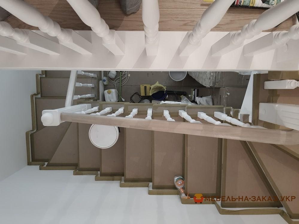 лестница на пятый этаж из дерева